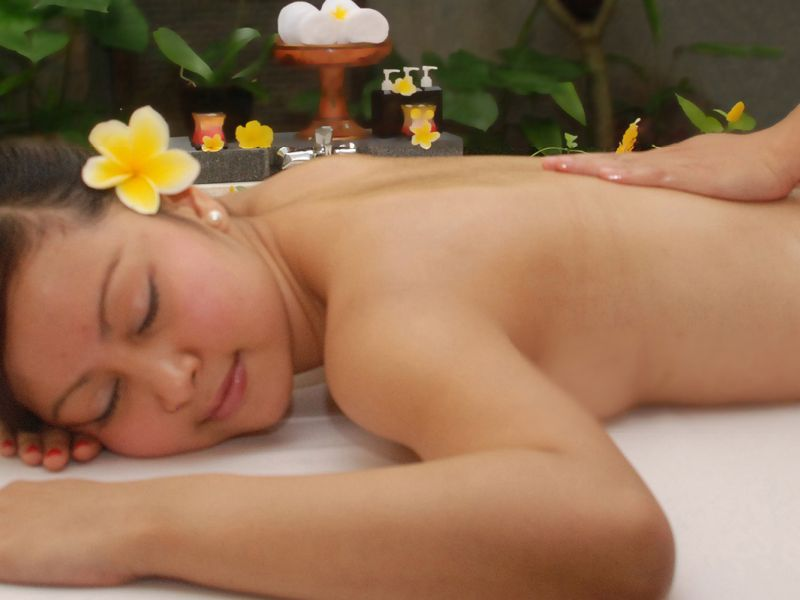 Orchid Traditional Balinese Massage (1 hour)