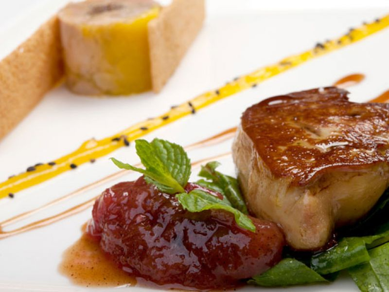 Pan-fried foie gras and roquette salsa with green apple, raspberry dressing