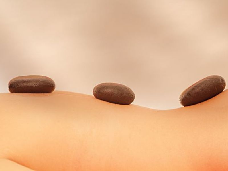 Hot Stone Treatment (120 minutes)