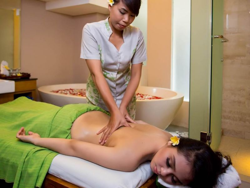 Refreshing Massage (1 hour)