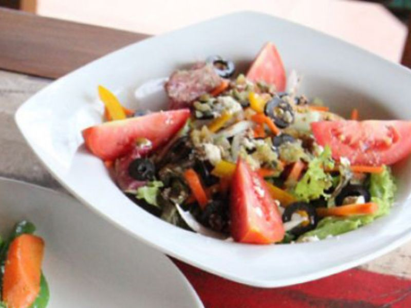 Greek Country Salad(Photo right)