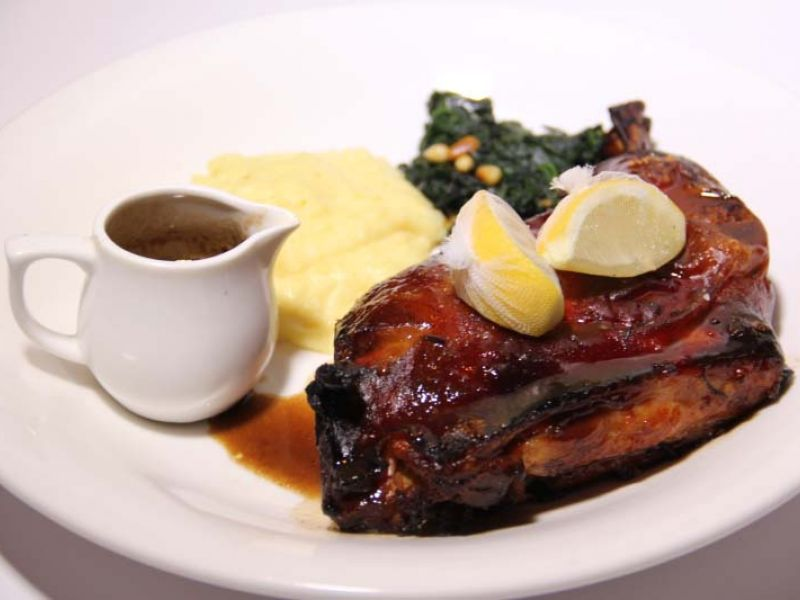 Suckling pig with mash potato (700 g for two people)