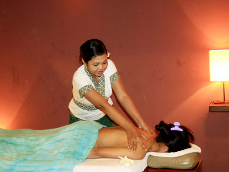 Body Massage (60 min)