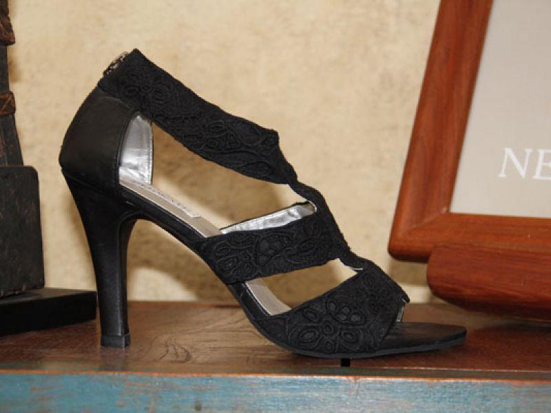 Lace sandal