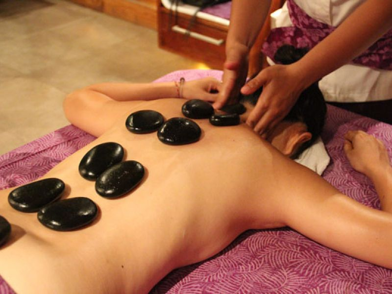 Hot Stone Massage (90 min)