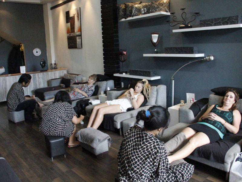 Foot Massage (60 min)