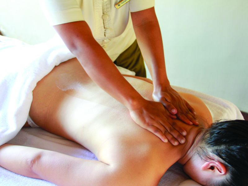 Balinese Deep Tissue Therapy (60 min)
