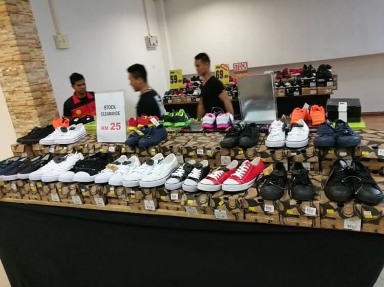 fbcf1c772f69 Original Classic (OC) Pop-Up Store Promotion - Extended   LoopMe ...