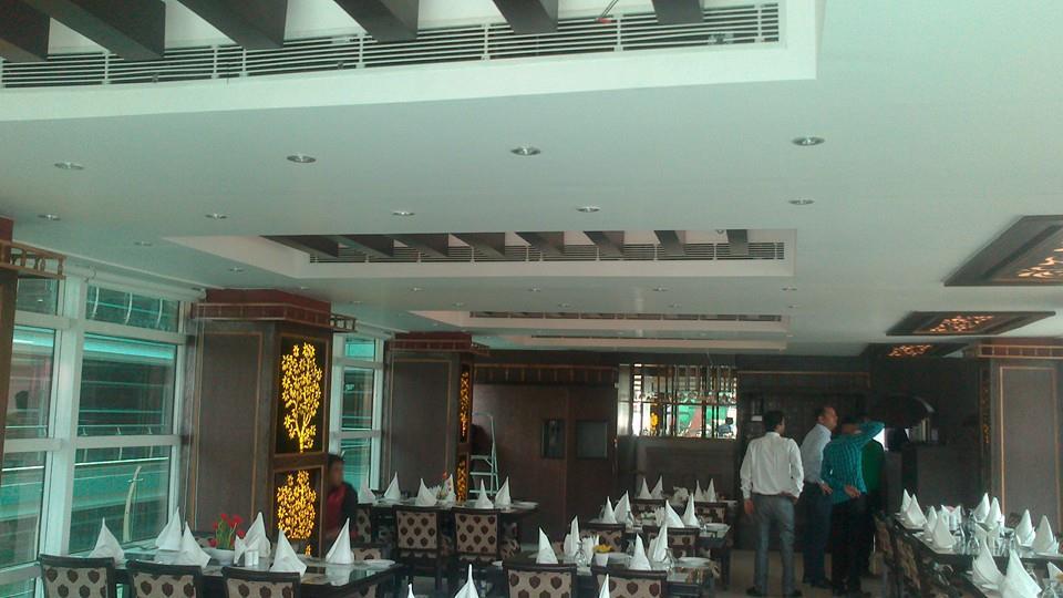 Vegetarian Restaurant in Laxman Vihar, Delhi