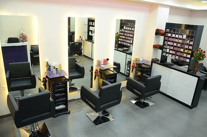 Deals on body spa beauty parlours in malad west mumbai for Salons in mumbai