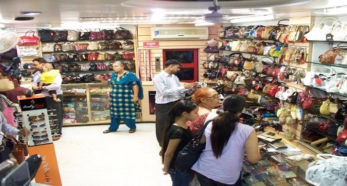 Bags Shop in Kamla Nagar, Delhi
