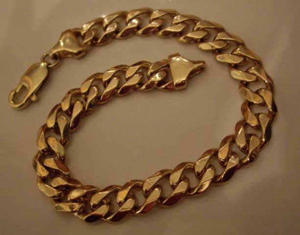 Gold in Dwarka, Delhi