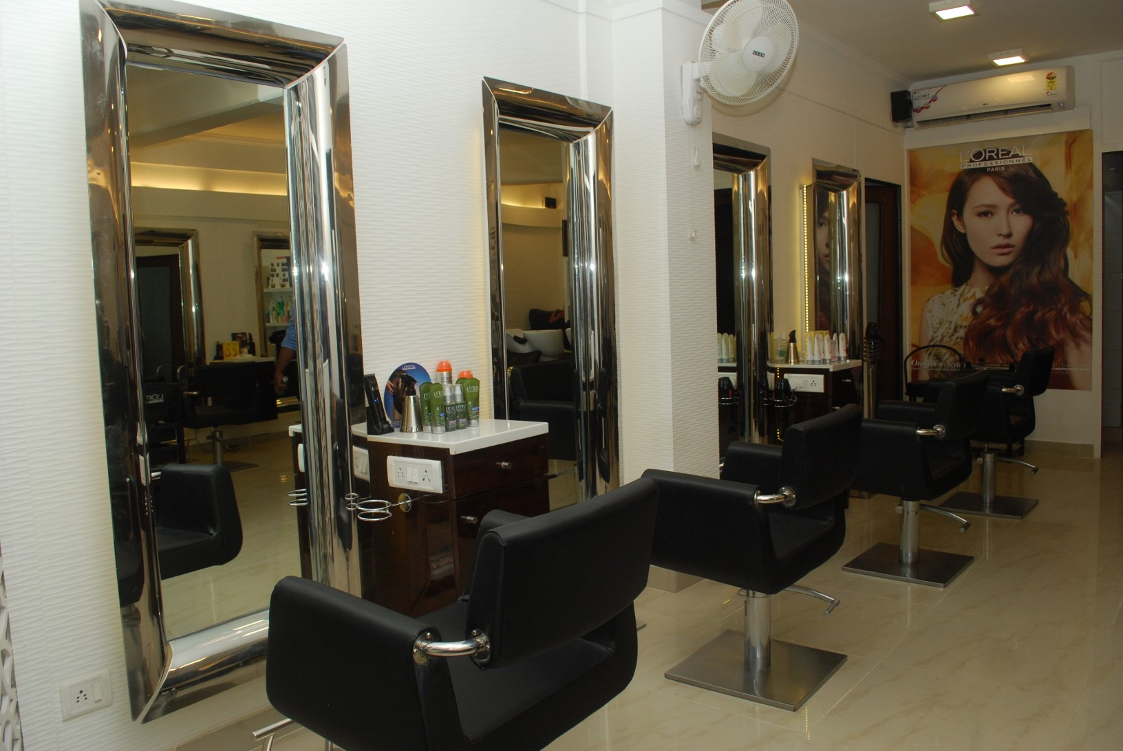 deals discounts on hair spa styling care at unisex