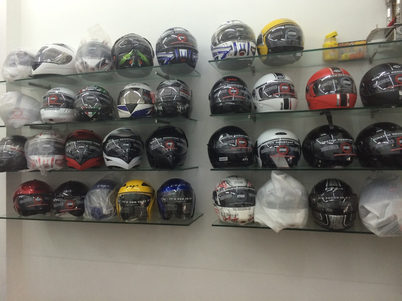 Bike Helmet Shop Helmet Shop in Mulund East