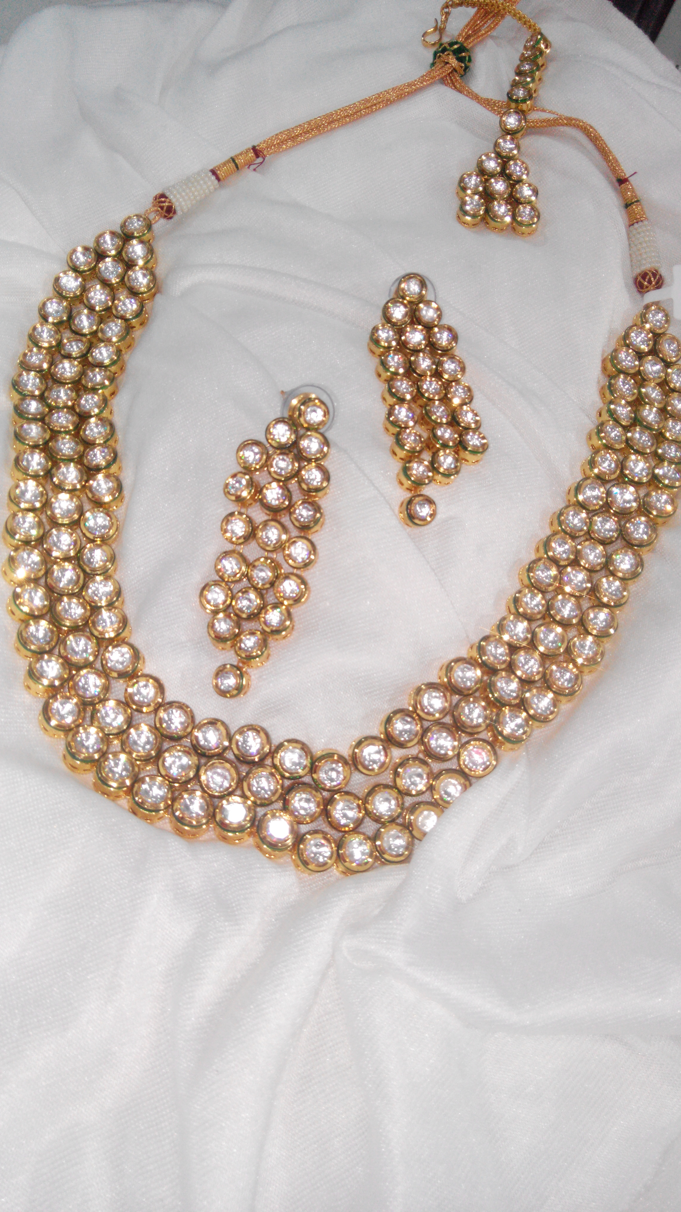 Deals & Discount in Sadar Bazar, Delhi on Wholesale Fashion