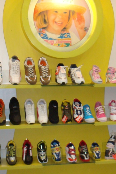 Kids Footwear in Ashok Vihar, Delhi
