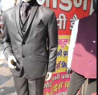 Stylish Clothing in Rohtash Nagar, Delhi