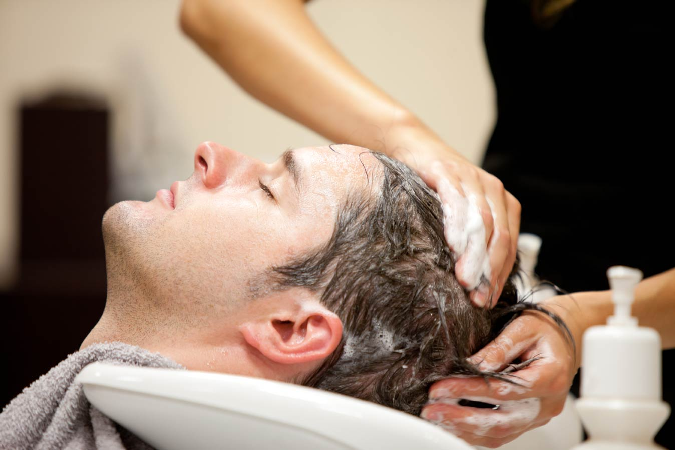 Men salon in Indirapuram, Ghaziabad