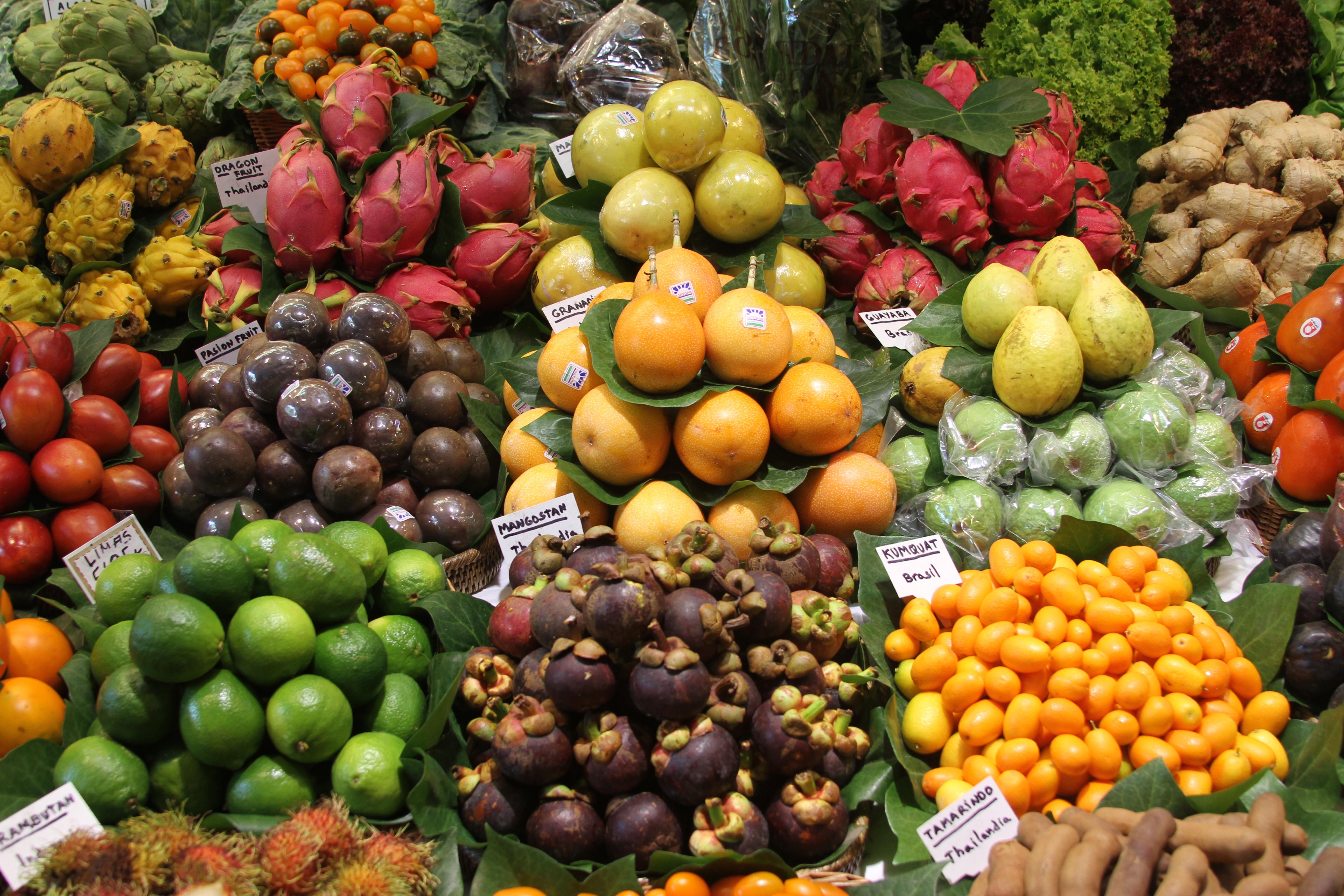 Fresh Fruit Store in Shalimar Bagh, Delhi