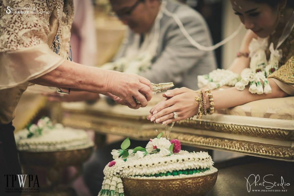 งานหมั้น,พิธีหมั้น,งานแต่งตอนเช้า,พิธีแต่งงาน,พิธีแต่งงานแบบไทย,พิธีรดน้ำสังข์ ครบถ้วนพิธีแต่งงานแบบไทย