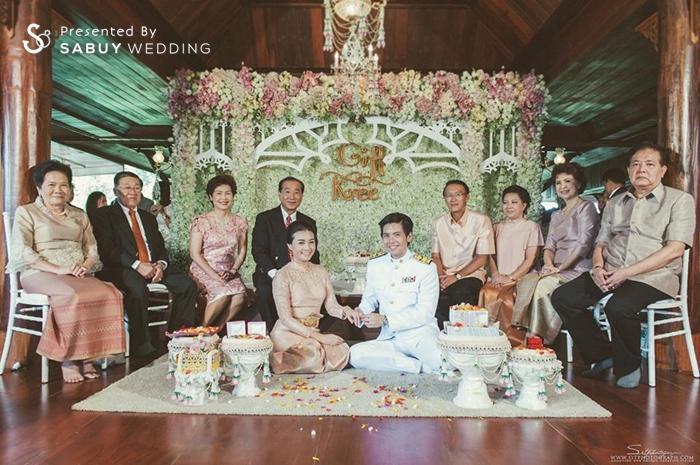 งานหมั้น,ชุดหมั้น,พิธีหมั้น,ครอบครัวบ่าวสาว,backdrop งานแต่ง,จัดดอกไม้งานแต่ง,ครอบครัวบ่าวสาว รีวิวงานแต่ง สองธีมจัดไป แต่งแบบไทยและปาร์ตี้ Bistro @The Okura Prestige