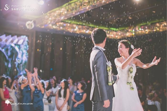 บ่าวสาว,ชุดบ่าวสาว,ชุดเจ้าสาว,ชุดเจ้าบ่าว,โยนดอกไม้เจ้าสาว,รูปงานแต่ง รีวิวงานแต่ง House Party สไตล์อังกฤษ @Renaissance Bangkok Ratchaprasong
