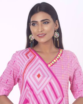 Picture of Cotton Ethnic Kurti in Glasswork Embroidery