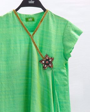 Picture of GIRLS WOVEN KURTI (11-12Y) (13-14Y)