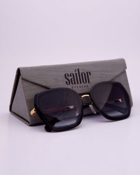 Picture of Runway Oval Women's Sunglass