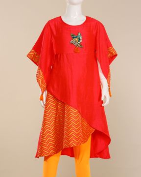 Picture of Girls Woven Kurti ()