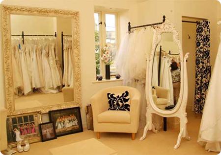 10 kinh nghiệm mở cửa hàng áo cưới thành công
