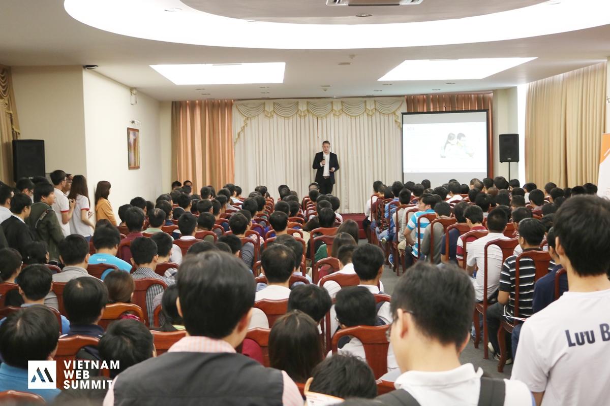 Vietnam Web Summit 2016 đã diễn ra tại TP HCM và 2 ngày nữa thôi sẽ đến với Hà Nội