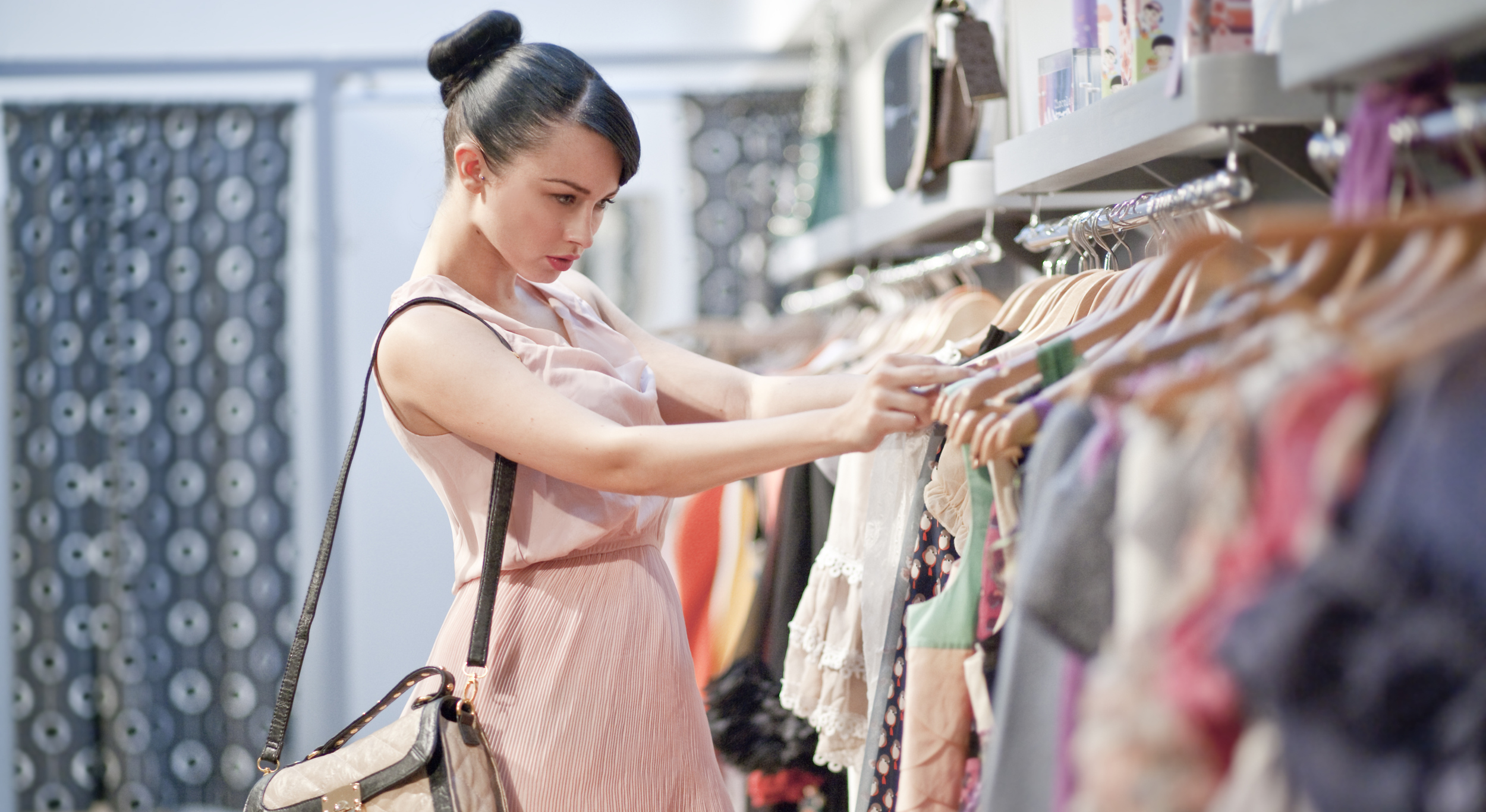 Bí mật bán đắt hàng P3: Làm thế nào khi khách hàng do dự?