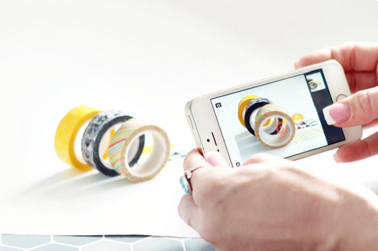 Cách chụp ảnh sản phẩm bằng điện thoại đẹp và chuyên nghiệp