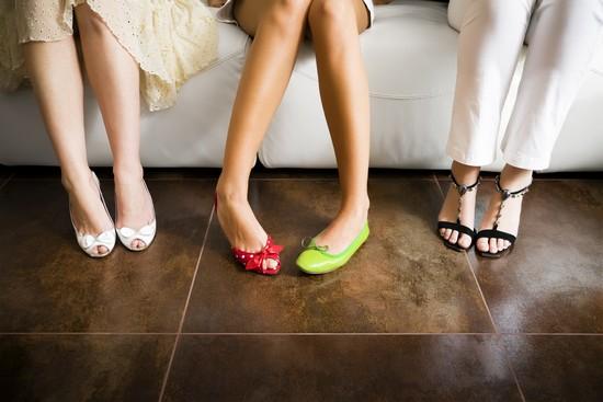Cách tư vấn chọn giày chuẩn không cần chỉnh cho khách hàng nữ