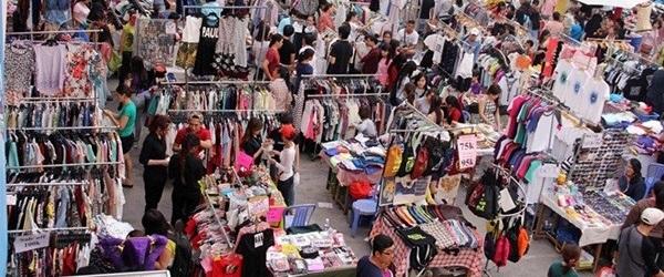 Top 9 phiên chợ cuối tuần bán hàng độc, giá rẻ nhất tại Sài Gòn