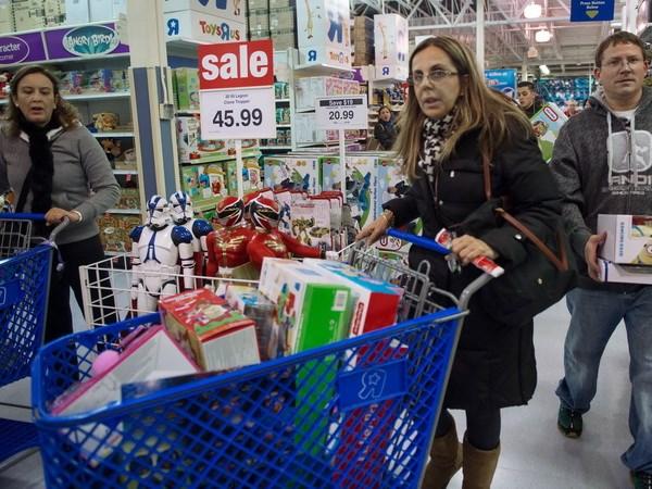 Cửa hàng bán lẻ truyền thống liên tục bị thu hẹp
