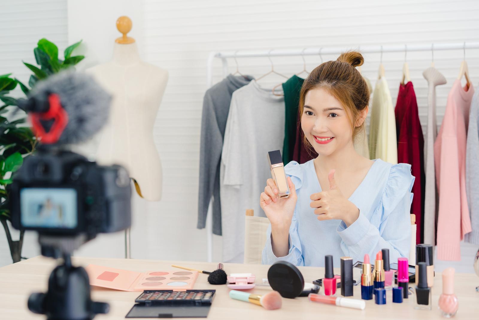 Cách đăng bài bán hàng mỹ phẩm thu hút khách hiệu quả