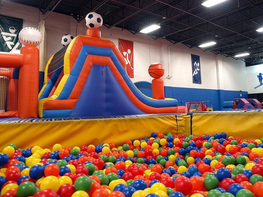 Kinh doanh khu vui chơi trẻ em nên bắt đầu từ đâu?