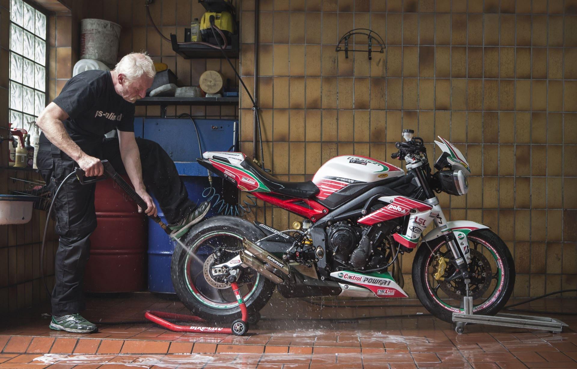 Kinh nghiệm mở tiệm rửa xe máy cho người mới bắt đầu