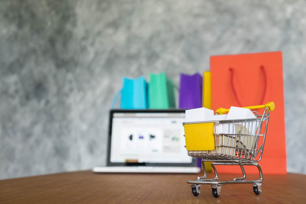 Omnichannel là gì? Ví dụ bán hàng đa kênh hiệu quả với Bizweb omnichannel