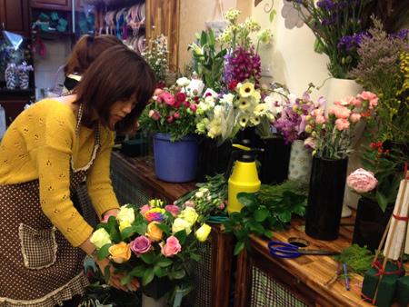Mách nhỏ cho bạn các bước mở shop hoa tươi online
