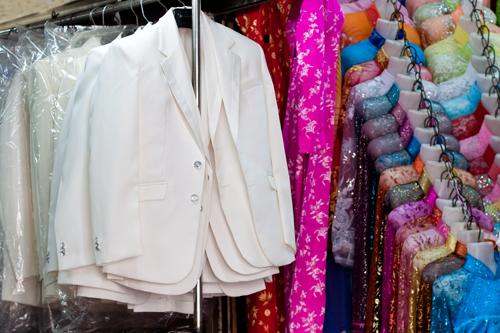 Kinh nghiệm tìm nguồn hàng áo cưới rẻ mà đẹp