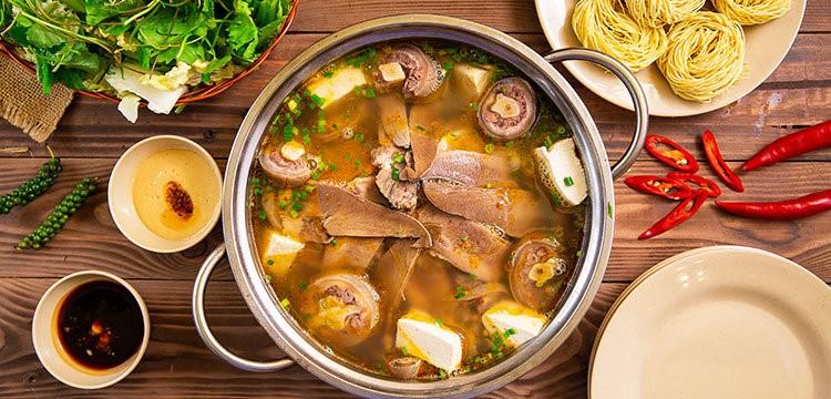Top 7 quán lẩu bò ngon, nhiều ưu đãi, nổi tiếng nhất Hà Nội