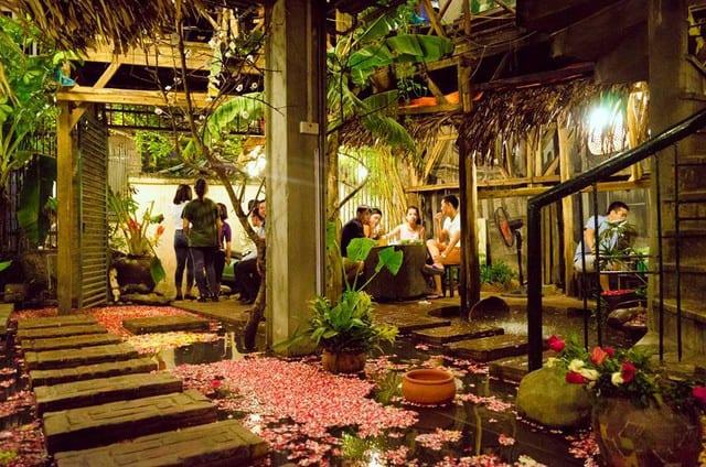Cách thiết kế quán cafe sân vườn mang hơi thở của thời đại hiện nay