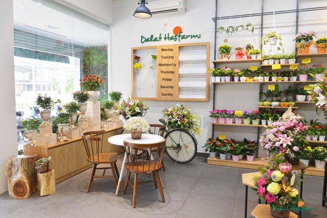 Thiết kế shop hoa tươi đẹp - Bí quyết giúp việc kinh doanh hoa tươi thành công