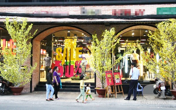 Bật mí cách trang trí Tết đẹp lung linh cho các shop