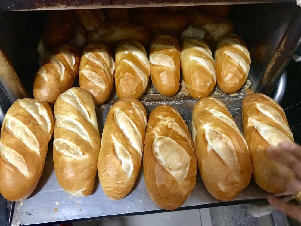 bán bánh mì cần ít vốn