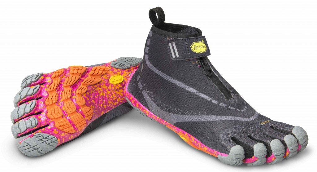 """Những mẫu giày chạy bộ """"xấu đau đớn"""" bạn không nên nhập về bán"""