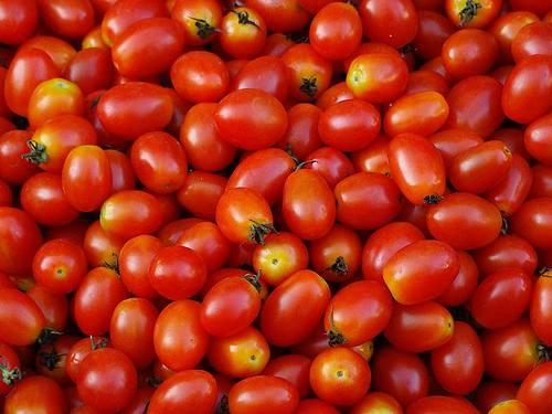 Cách làm mứt cà chua bi, mứt sen và lưu ý để bán cháy hàng dịp Tết